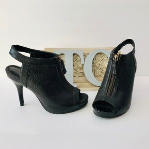Juicy Couture Black Textured Leather Heels